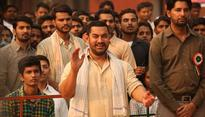 Aamir, Alia, clinch top honours at Filmfare Awards