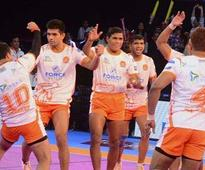 Pro Kabaddi League 2017: Gujarat Fortunegiants edge past Bengaluru Bulls; Puneri Paltan outclass Bengal Warriors