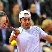 Italys Lorenzi advances at Houston tennis