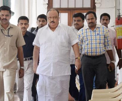 Kerala minister Thomas Chandy resigns over encroachment charges