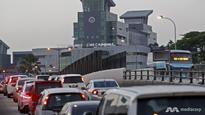 M'sians should take public transport to Singapore: Johor minister