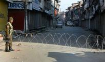 Kashmir valley faces curfew, curbs on 80th day