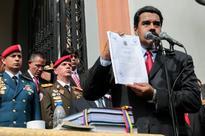 Bypassing congress, Maduro decrees Venezuela budget
