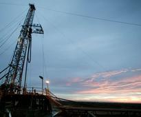 MARKET WATCH: NYMEX oil price drops slightly on US oil inventory gain