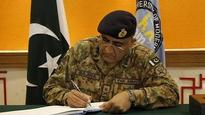 Pak Army Chief 'concerned' over US, Afghanistan undermining nation's 'war against terror'