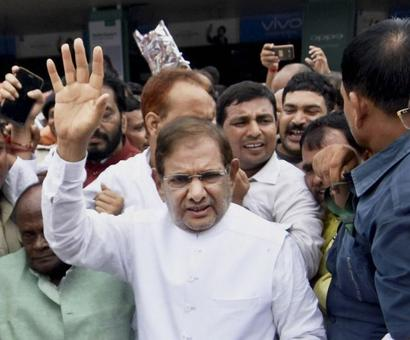 JD-U is my party, Grand Alliance remains intact: Sharad Yadav