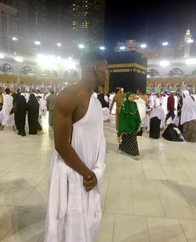 Manchester United star Pogba visits Mecca