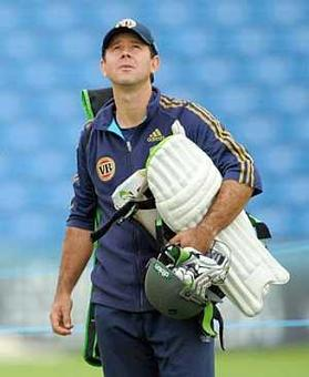 Former captain Ponting joins Australia's interim coaching team