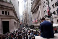 UPDATE 1-US STOCKS-Wall St stock futures fall after Italy referendum