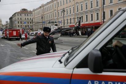 Kremlin refutes speculation that Putin was target of metro blast