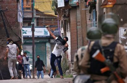 Rubber bullets may replace pellet guns in Kashmir