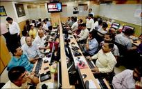 Roundup: Sensex, Nifty pare losses to close in green
