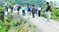 PDCC inspects roads at Khundrakpam AC