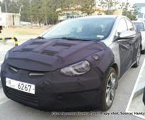 2014 Hyundai Elantra and Mistra Concept spy shots appear online