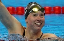 Lilly King wins women's 100m breaststroke
