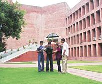 Top 50 B-schools may get degree-issuing powers to compete with IIMs