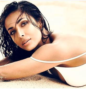 Malaika, Priyanka, Sunny: Who is hottest?