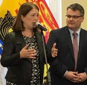 Federal Health Minister Examines NB Mental Health & Home Care Services
