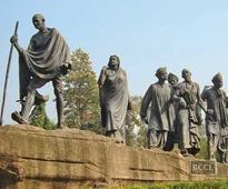 Firangs more interested in Gandhi than Delhiites