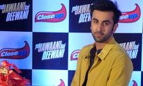 Ranbir Kapoor injures his back