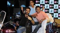 Neeti Mohan, Shekhar Ravjiani to dance on Kishore Kumar's hit song