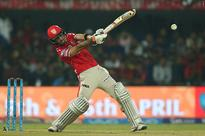 Amla, Maxwell lead KXIP to victory against RCB