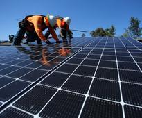 U.S. may put emergency tariffs on solar imports