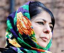 Sympathy wave for Mehbooba Mufti in Kashmir, the state hopes the daughter can fill her father's big shoes