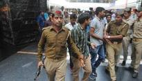 Anti-Romeo cops detain cousins, suspended for taking bribe