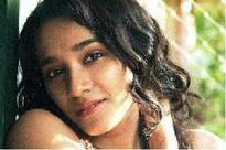 Tannishtha learning Marathi for 'Sunrise'