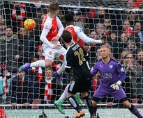 Premier League: Arsenal break Leicester heart with last