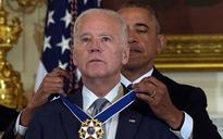 Poems of Yeats and Heaney inspire Obama and Biden in farewell