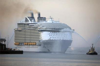 India throws open its ports to cruise tourism