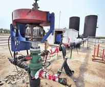 Govt expects oil import bill to cross $100 billion mark after three years