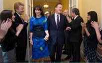 Samantha Cameron 'wrestled bra' from No 10 staffer and feared she'd flashed her cellulite in short skirt