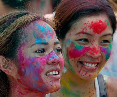 How to heal your skin and hair after Holi