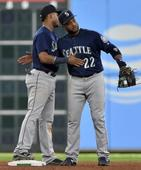 Cano's homers Mariners top Astros 12-4 to press playoff bid (Yahoo Sports)