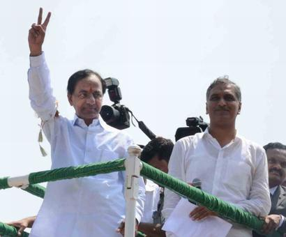 In warring Telangana and Andhra, PM has a secret weapon