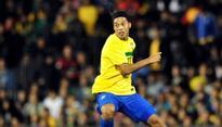 Ronaldinho heading to US or China