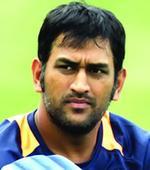 Dhoni wins hearts but Bengal win Hazare semi-final