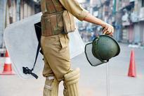Curfew, shutdown continues in Kashmir