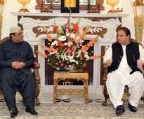 President Zardari meets Nawaz Sharif, promises support