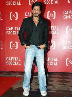 PIX: Shah Rukh Khan, Juhi Chawla party with Varun Dhawan