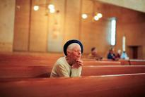 Religious service attendance tied to longer life