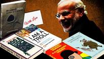 Books instead of bouquets, what an idea Modiji! Here are 5 books we'd gift you