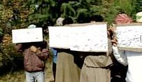 Kashmir unrest: Parents protest against shutdown; say Hurriyat, Geelani spoiling future of kids