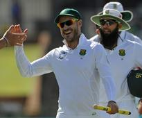 S.Africa cricket team slam media 'harassment' after airport row
