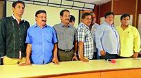 Puri Jagannadh filed false case: Telugu Film Distributors Association