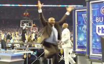 Watch a giddy Charles Barkley jump for joy after Villanova's buzzer-beater