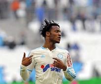 Chelsea sign Belgian forward Batshuayi